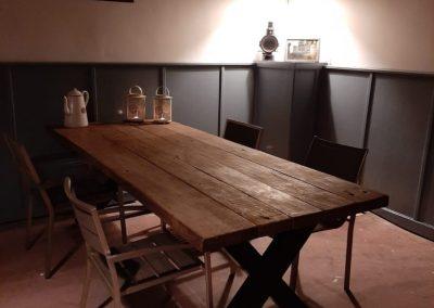 Zware kruispoot tafel van antieke vloerdelen 245x100cm planken 5,5cm dik 1.350,00